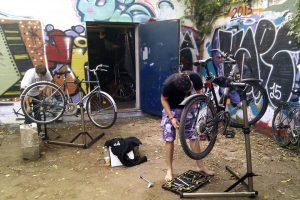 Offene Fahrrad-Werkstatt